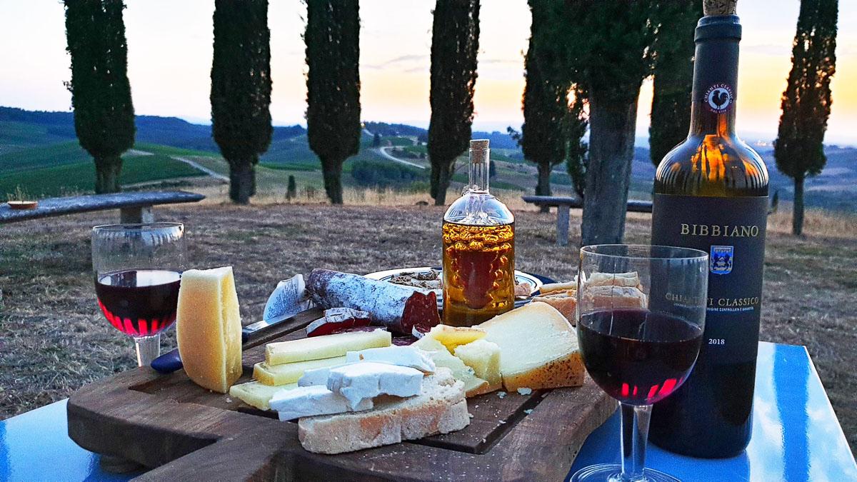TheGretaEscape - picnic Chianti - PicnicChic